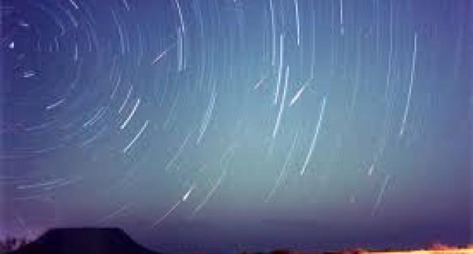 La Tierra recibirá en mayo la mayor lluvia de meteoros en 14 años