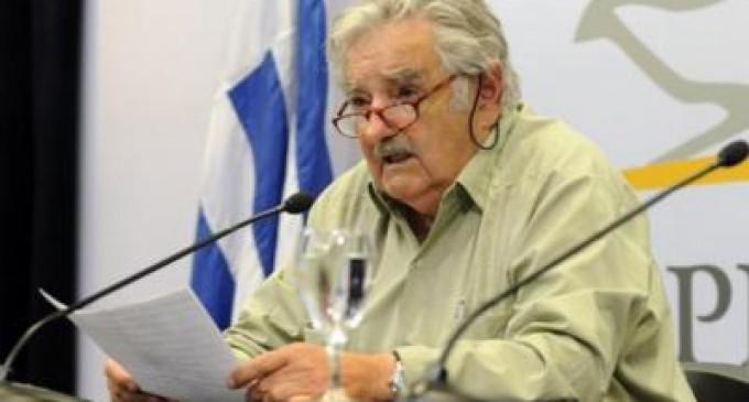 Legalizar la marihuana, aborto y matrimonio gay es reconocer la realidad: José Mujica