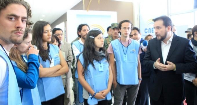 Yasunidos se acreditaron como veedores del proceso de verificación de firmas