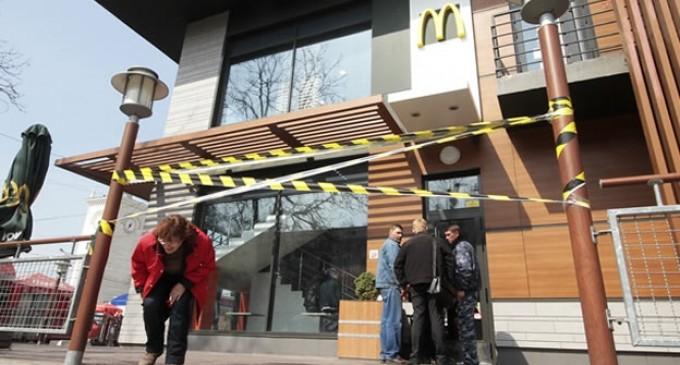 Adiós 'cajitas felices': McDonald's cierra sus sucursales en Crimea