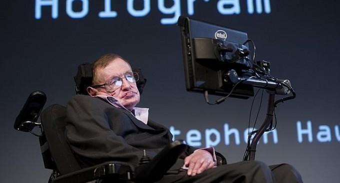 Stephen Hawking da la fórmula para que Inglaterra quede campeón en Brasil