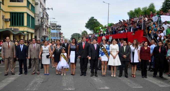 Babahoyo celebró con desfile Cívico-Estudiantil sus 145 Años