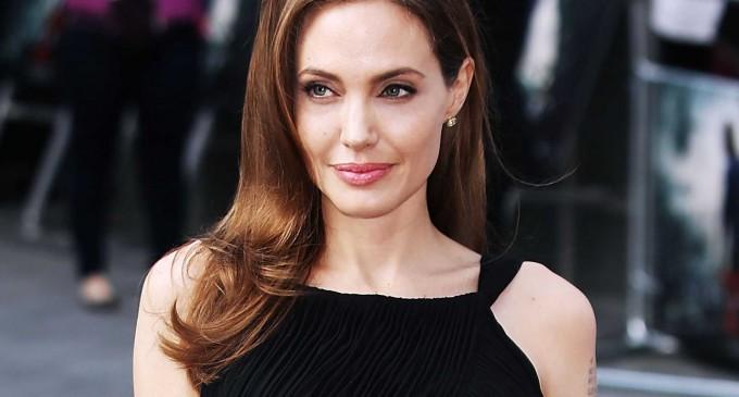 Angelina Jolie volverá a operarse para prevenir el cáncer