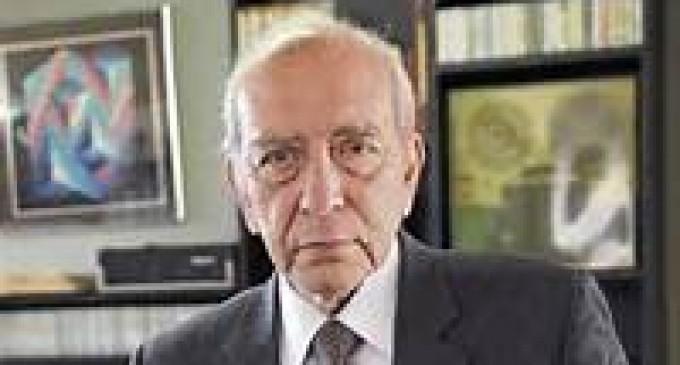 Muere  Raúl Baca Carbo
