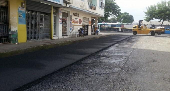 Prefectura inicia plan de asfaltado urbano