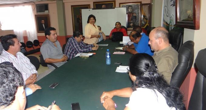 Villasagua mantiene reuniones con concejales