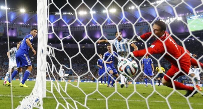 Argentina un debut poco convincente.