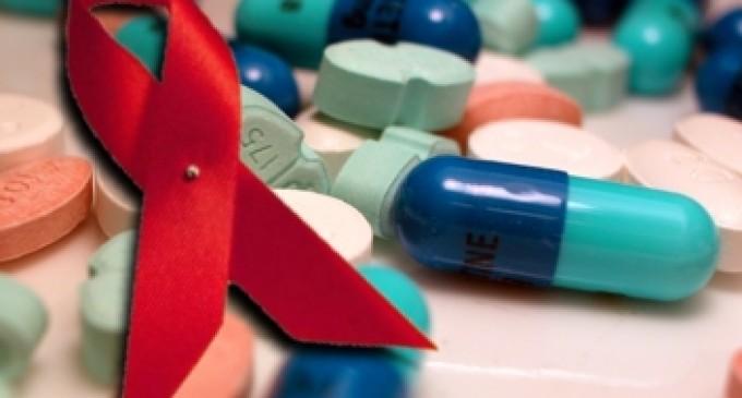 OMS recomienda tomar antirretrovirales a hombres gay para prevenir el VIH