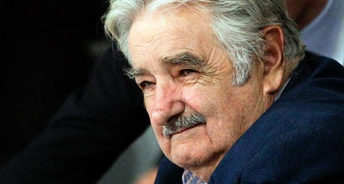 Uruguay: Mujica dice que la venta de marihuana se retrasará a 2015