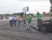 El asfaltado de calles en Quevedo ayuda a descongestionar el tránsito