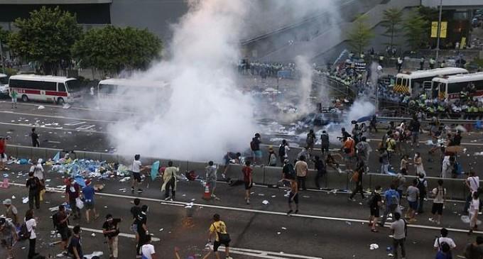 Violentas manifestaciones en Hong Kong para exigir plena democracia a China