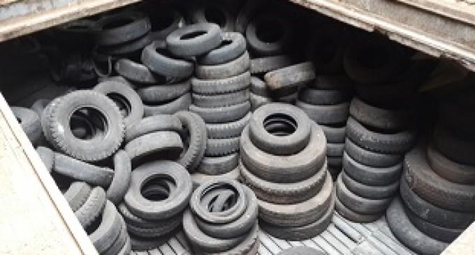 Se inicia evacuación de neumáticos usados de las Islas Galápagos