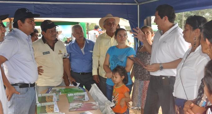 Socializan 'kits' de maíz en Mocache