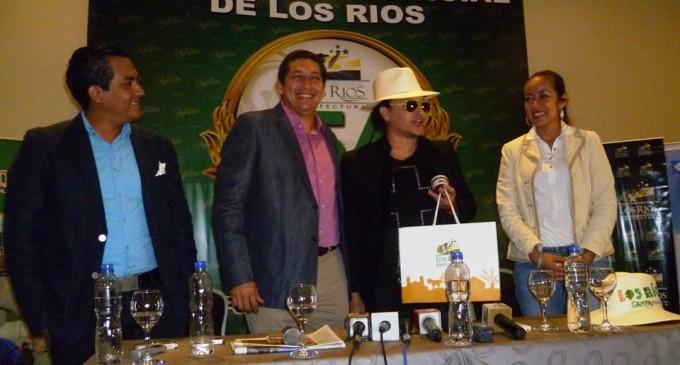 Elvis Crespo anima las fiestas de provincialización