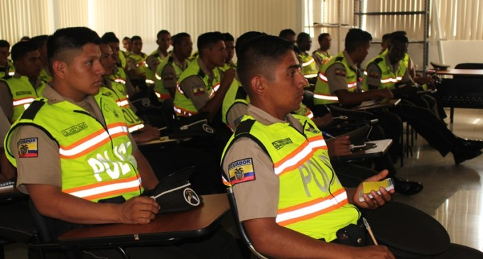 60 nuevos policías llegaron a reforzar la seguridad en Los Ríos
