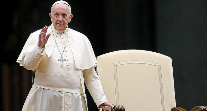 El Papa avisa de que el Sínodo de la Familia «no sirve para ver quién es más inteligente»