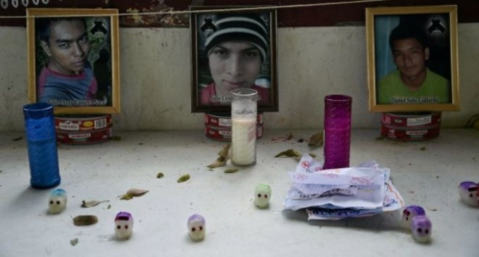 Forenses argentinos: varios de los restos de fosas en Iguala no son de estudiantes desaparecidos