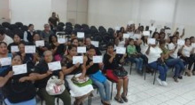Emprendedores de Los Ríos culminan talleres