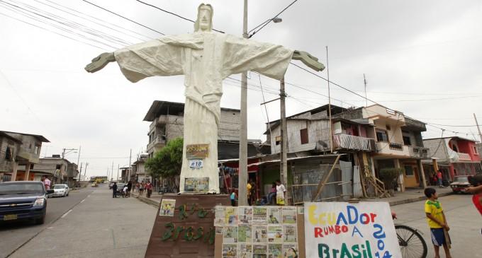 MAÑANA SE PREMIARÁ A LOS 3 MEJORES MONIGOTES DE LA CIUDAD