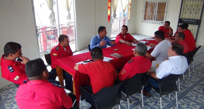 Bomberos de Los Ríos mantuvieron reunión con alcalde de Vinces