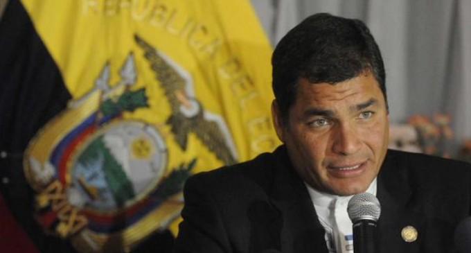 El Presidente Correa nuevamente reta a Álvaro Uribe a someterse a un detector de mentiras