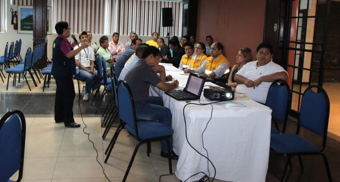 FUNCIONARIOS MUNICIPALES RECIBEN TALLER DE PREVENCIÓN SOBRE LA FIEBRE CHIKUNGUNYA