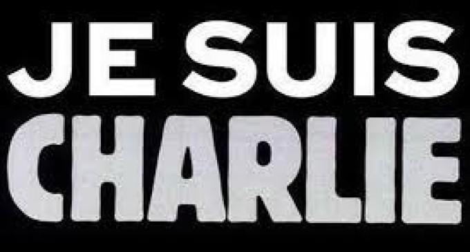 """Creador de """"Je suis Charlie"""" quiere evitar explotación comercial del eslogan"""