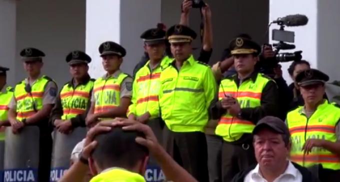 2.100 policías resguardaron marcha de grupos sociales en Quito