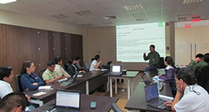 MAE capacitó sobre lineamientos y metodologías de muestreo de suelos en Lago Agrio