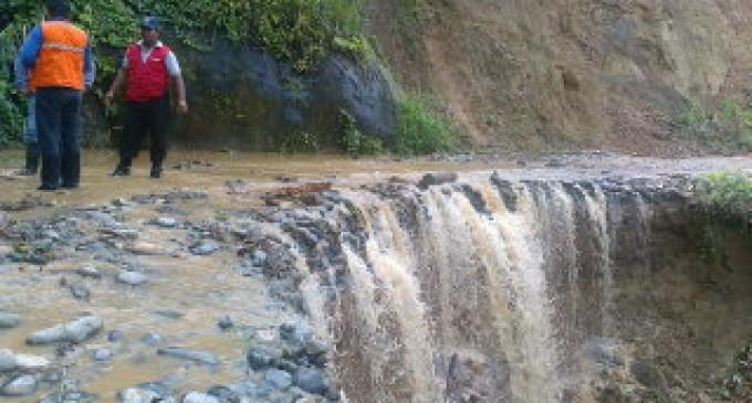 Deslave en El Guabito deja incomunicado a familias