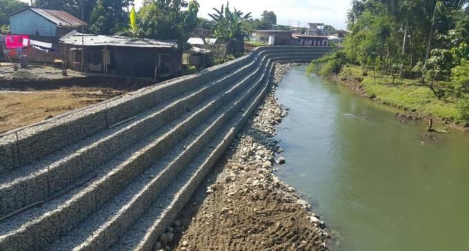 Prefectura entrega muro de gaviones y construye circuito vial