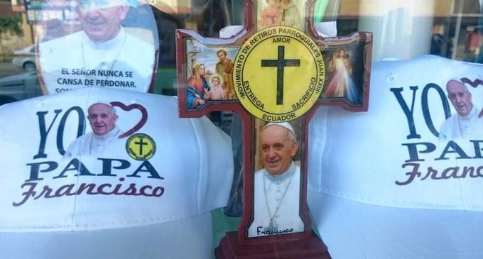 Diócesis y voluntarios viven con fervor visita del Papa a quince días