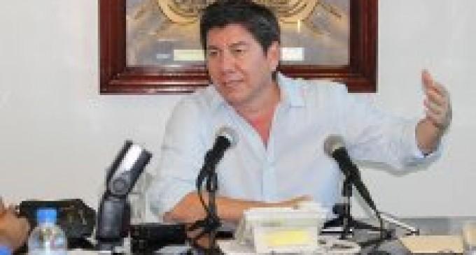 FIRMAN ACUERDO A FAVOR DEL SECTOR CACAOTERO DE BABAHOYO