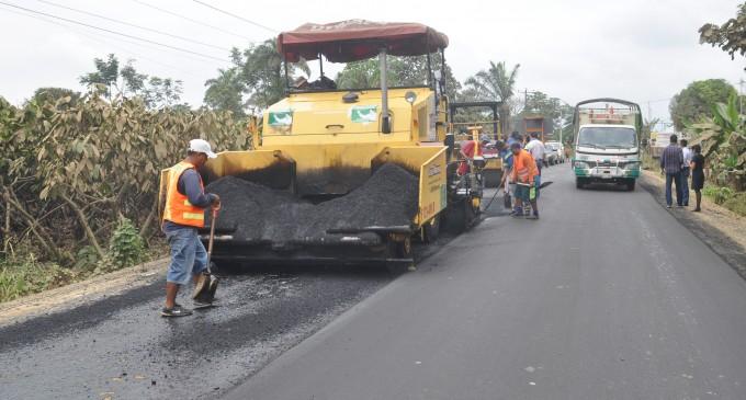 Continúa el asfaltado de un gran circuito vial en Babahoyo