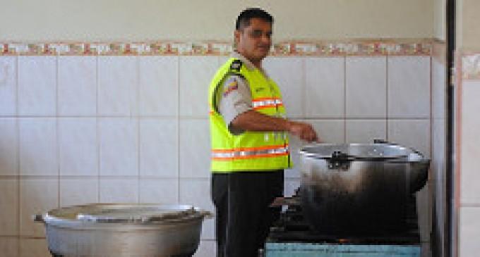 Sargento de policía destaca en el arte culinario
