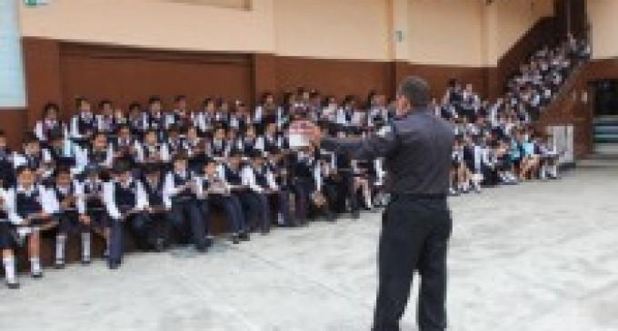 BOMBEROS DE BABAHOYO ADVIERTEN A ESTUDIANTES SOBRE EL MAL USO DE FUEGOS ARTIFICIALES