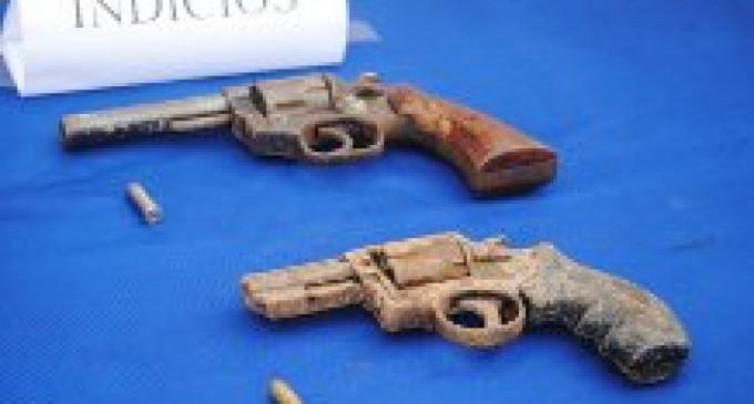 Cuatro presuntos asaltantes son capturados con dos armas de fuego, en Babahoyo