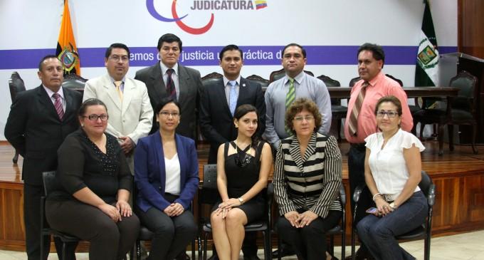 17 nuevos jueces para Los Ríos