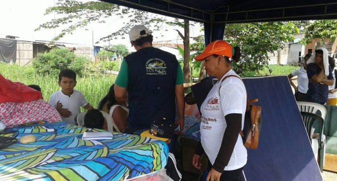 Babahoyo: familias afectadas  por terremoto en Ecuador reciben ayuda de la Prefectura.