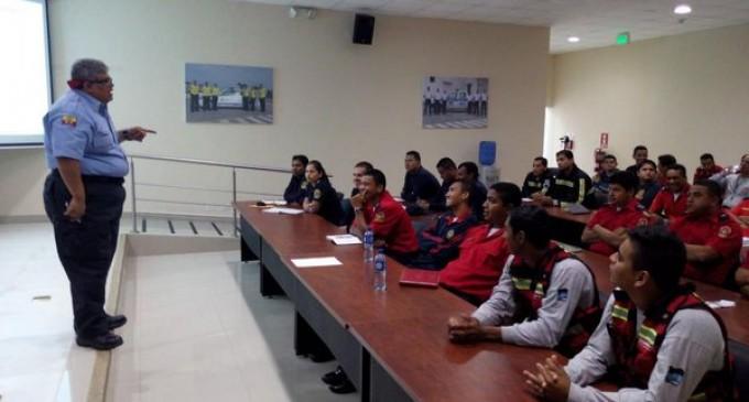 Cuerpos de Bomberos de cantones de Los Ríos fortalecen conocimientos en combate de incendios estructurales