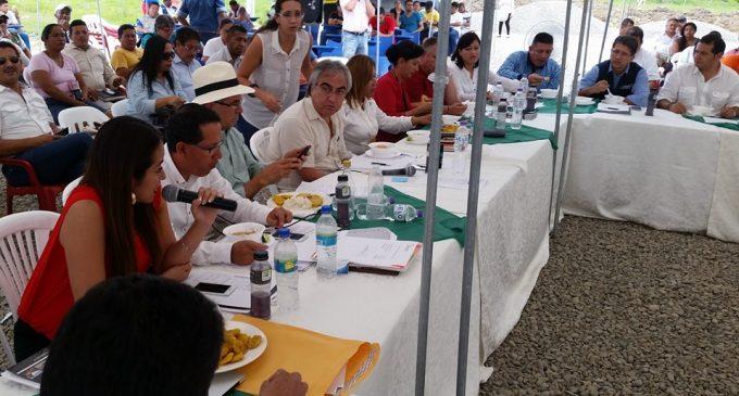 Viceprefecta participó en sesión del CONGOPE en Esmeraldas