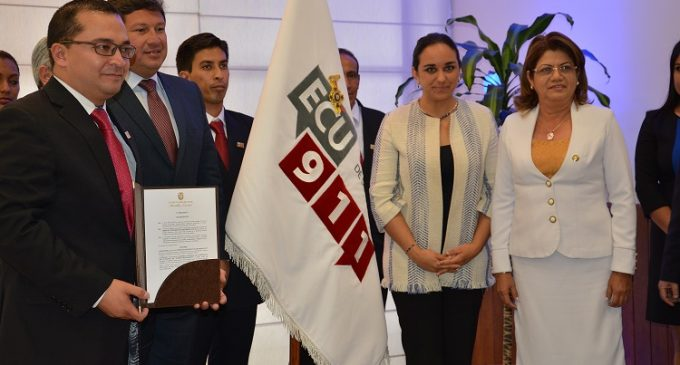 ECU 911 recibió condecoración por parte de la Asamblea Nacional