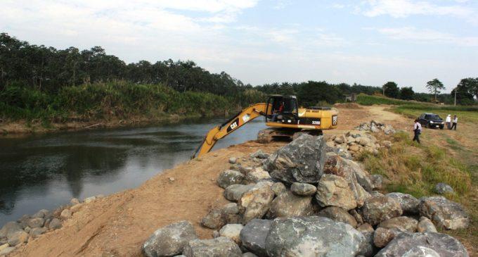 La Prefectura continúa en la construcción de obras de prevención