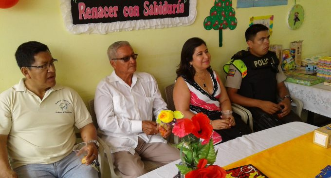 Ministerio de Educación impartirá alfabetización a  Adultos Mayores del Centro Gerontológico Divino Niño