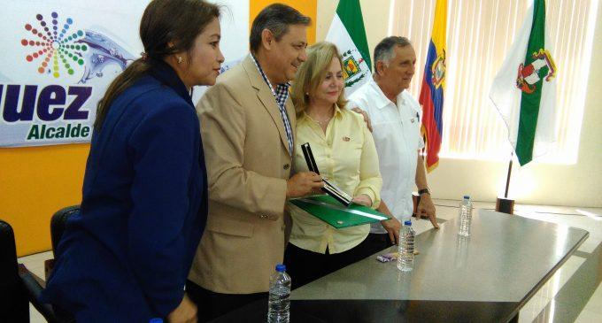 Alcalde entregó llaves de la ciudad a Gobernadora Rotari