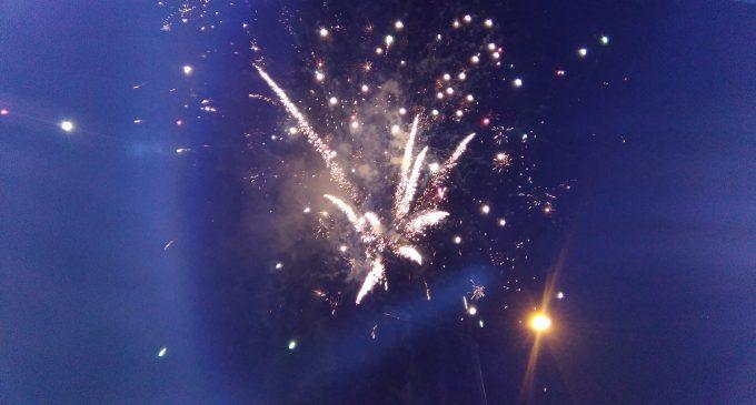 Con fantástico show de luces  y bengala culminaron fiestas de San Camilo