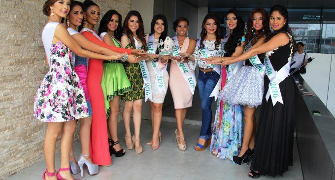 Los Ríos inicia festejos con presentación de candidatas a Reina de la provincia