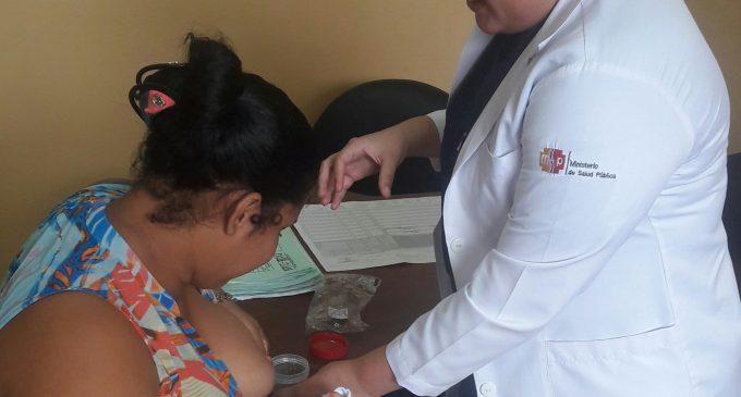 Centros de salud en Los Ríos socializan correctas técnicas de extracción y conservación de la leche materna para madres que trabajan