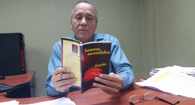Teodoro Flores publica «Sonetos escondidos»