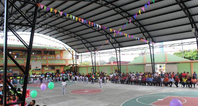 Prefecto entregó obra a beneficio de más de 500 estudiantes